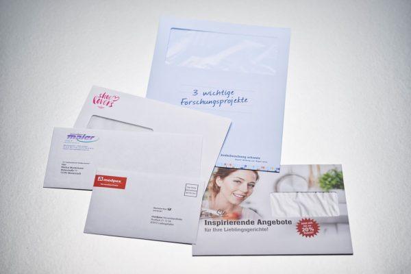Diverse Kuverts und Versandtaschen