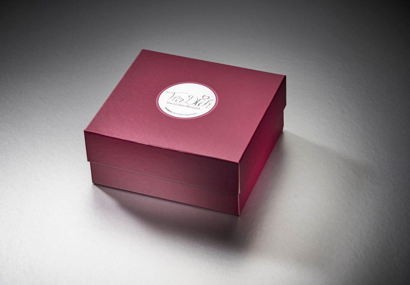 Stuelpdeckelbox